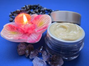 Best rated <a target='_blank' href='Skin Care - Buy Now!'>skin </a>care products - Creme and candle pic